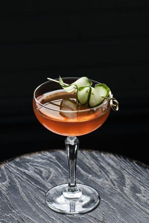 cocktail garnish, classic cocktail, drink, garnish, alcoholic beverage, food, still life photography, daiquiri, distilled beverage, bacardi cocktail,