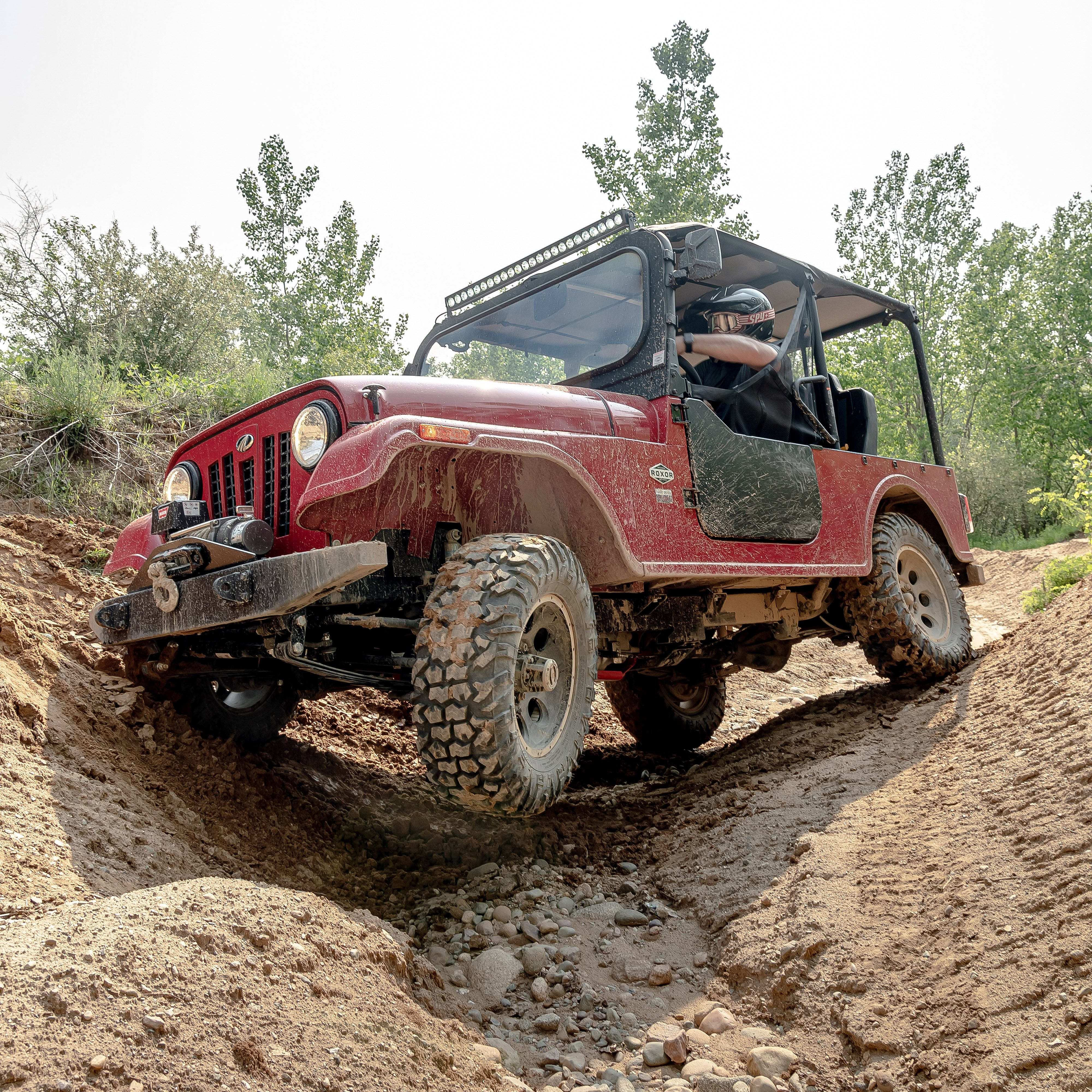 The Mahindra Roxor Is A Jeep Inspired War Hero In Utility Vehicle Guise