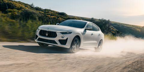 Land vehicle, Vehicle, Car, Automotive design, Performance car, Automotive tire, Luxury vehicle, Tire, Personal luxury car, Wheel,
