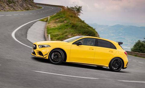 Land vehicle, Vehicle, Car, Yellow, Automotive design, Rim, Automotive tire, Tire, Wheel, Mid-size car,