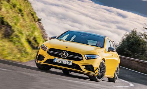 Land vehicle, Vehicle, Car, Automotive design, Motor vehicle, Mid-size car, Performance car, Compact car, Personal luxury car, Luxury vehicle,