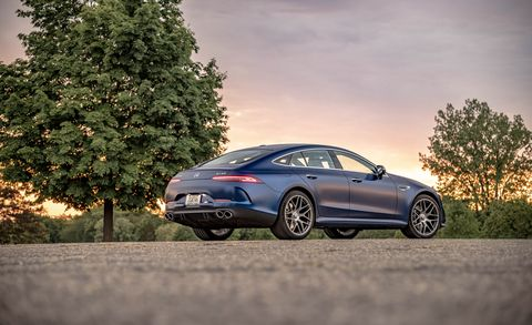 Land vehicle, Vehicle, Car, Luxury vehicle, Automotive design, Performance car, Personal luxury car, Mid-size car, Sedan, Sky,