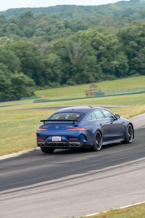 Land vehicle, Vehicle, Car, Luxury vehicle, Automotive design, Performance car, Personal luxury car, Sports car, Race track, Supercar,