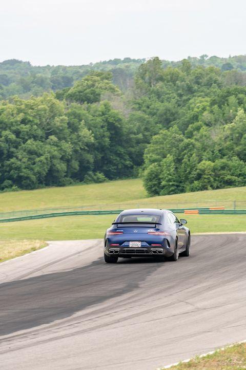 Land vehicle, Vehicle, Car, Automotive design, Supercar, Performance car, Sports car, Race track, Luxury vehicle, Driving,