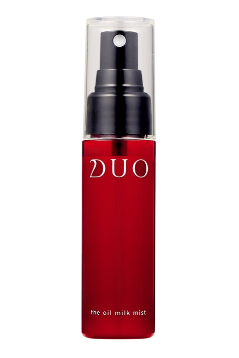 Red, Product, Water, Beauty, Bottle, Moisture, Material property, Spray, Cosmetics, Liquid,
