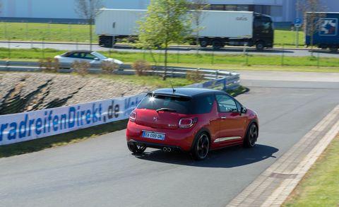 Land vehicle, Vehicle, Car, Hatchback, Mid-size car, Hot hatch, Automotive exterior, Automotive design, Subcompact car, City car,