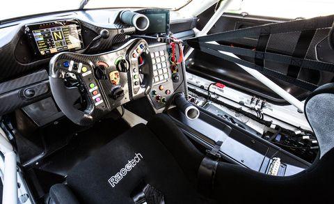 2019 Porsche 911 Gt3 R The Racer Gets More Comfort