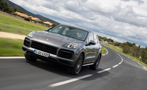 Land vehicle, Vehicle, Car, Regularity rally, Automotive design, Motor vehicle, Luxury vehicle, Performance car, Sport utility vehicle, Porsche,