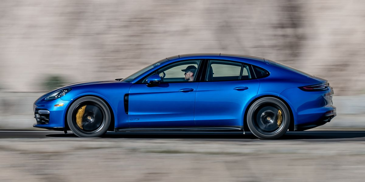 2019 Porsche Panamera GTS Is All About the V-8