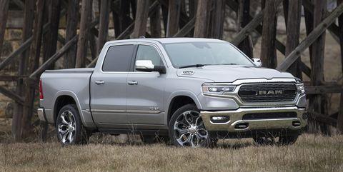 Land vehicle, Vehicle, Tire, Car, Motor vehicle, Automotive tire, Pickup truck, Automotive design, Rim, Wheel,