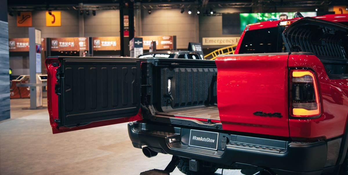 Mercedes Benz Lease Deals 0 Down >> 2019 Ram 1500 Pickup Truck Features New Multifunction Tailgate
