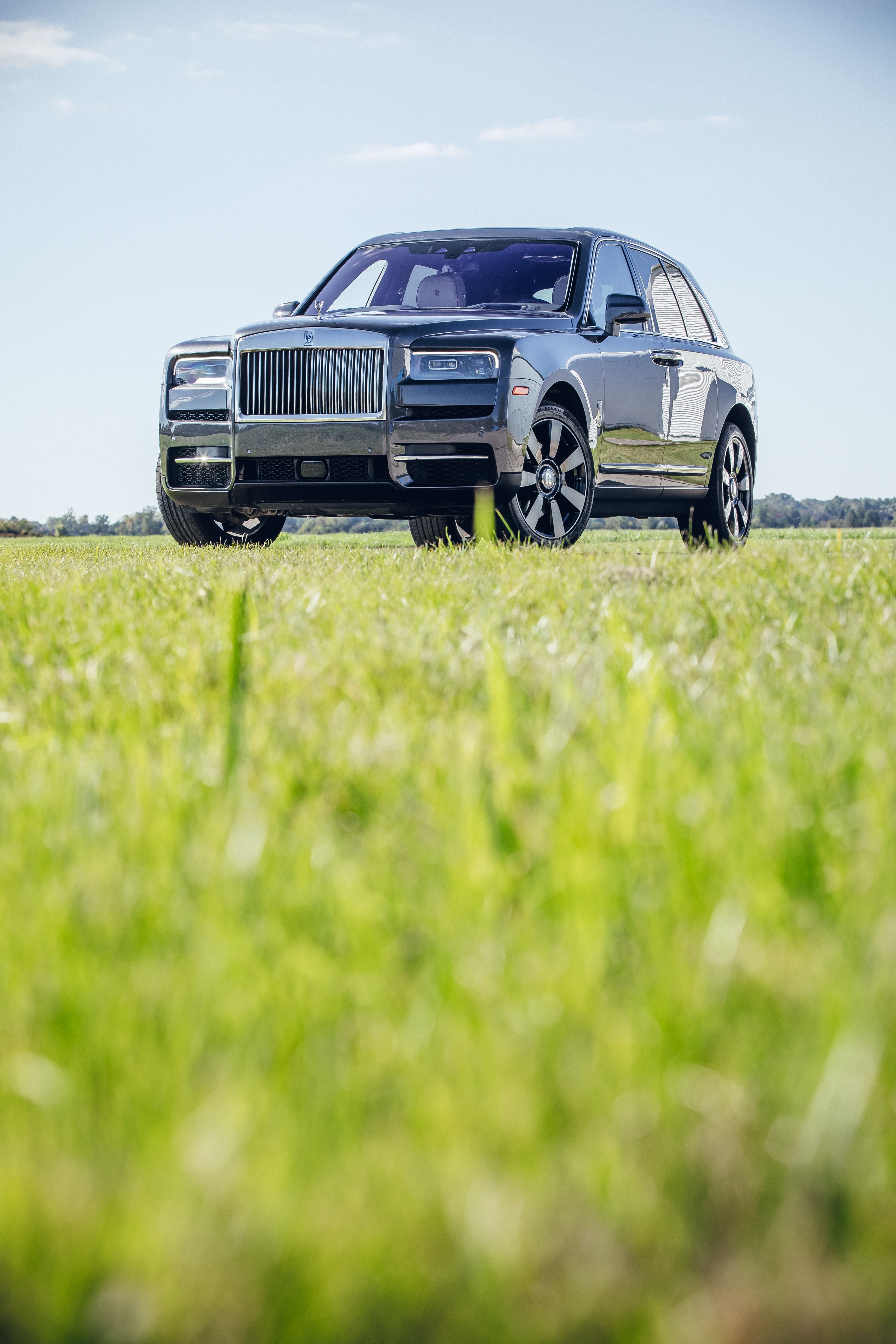 2019 Rolls Royce Cullinan Review Pricing And Specs
