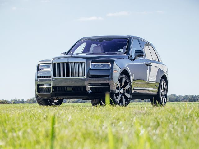 Rolls Royce Wraith 0 60 >> 2019 Rolls Royce Cullinan Review Pricing And Specs