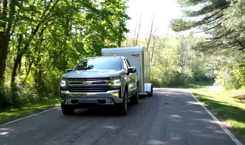 Land vehicle, Vehicle, Motor vehicle, Transport, Mode of transport, Car, Asphalt, Truck, Commercial vehicle, Automotive exterior,