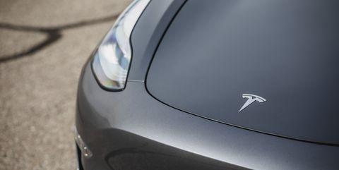 NHTSA Investigating 500,000 Teslas over Sudden-Acceleration Complaints