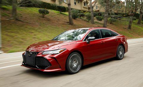 Land vehicle, Vehicle, Car, Mid-size car, Automotive design, Full-size car, Rim, Luxury vehicle, Sports sedan, Personal luxury car,