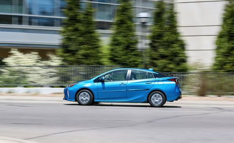 2019 Toyota Prius AWD-e – AWD Hybrid Fuel Miser