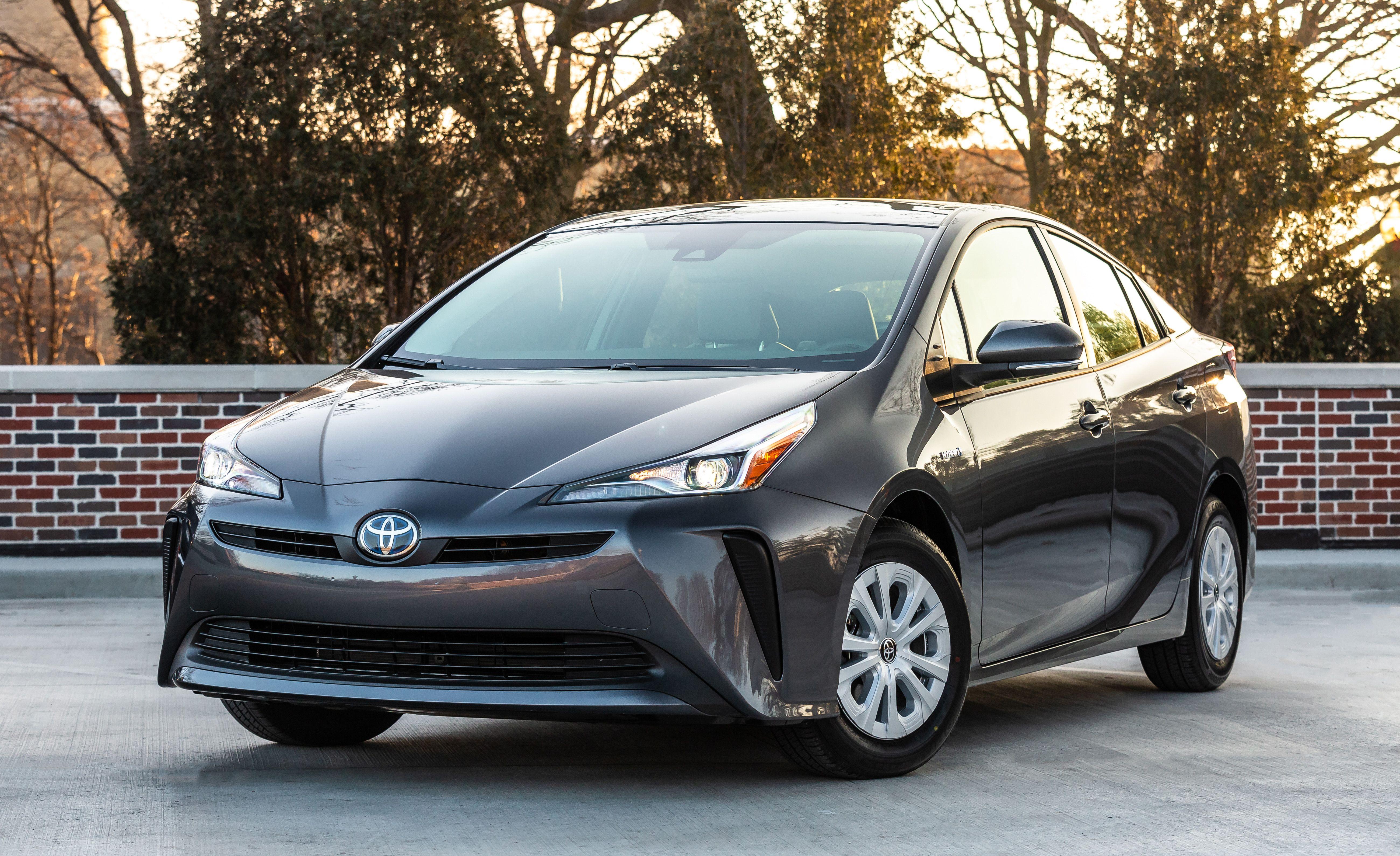 2019 Toyota Prius L-Eco