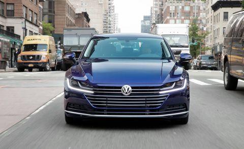 The Gorgeous 2019 Volkswagen Arteon Reaches into Luxury Territory