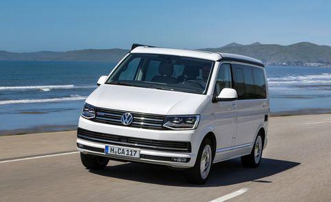 Land vehicle, Vehicle, Car, Van, Motor vehicle, Volkswagen transporter t5, Minivan, Compact van, Volkswagen, Commercial vehicle,