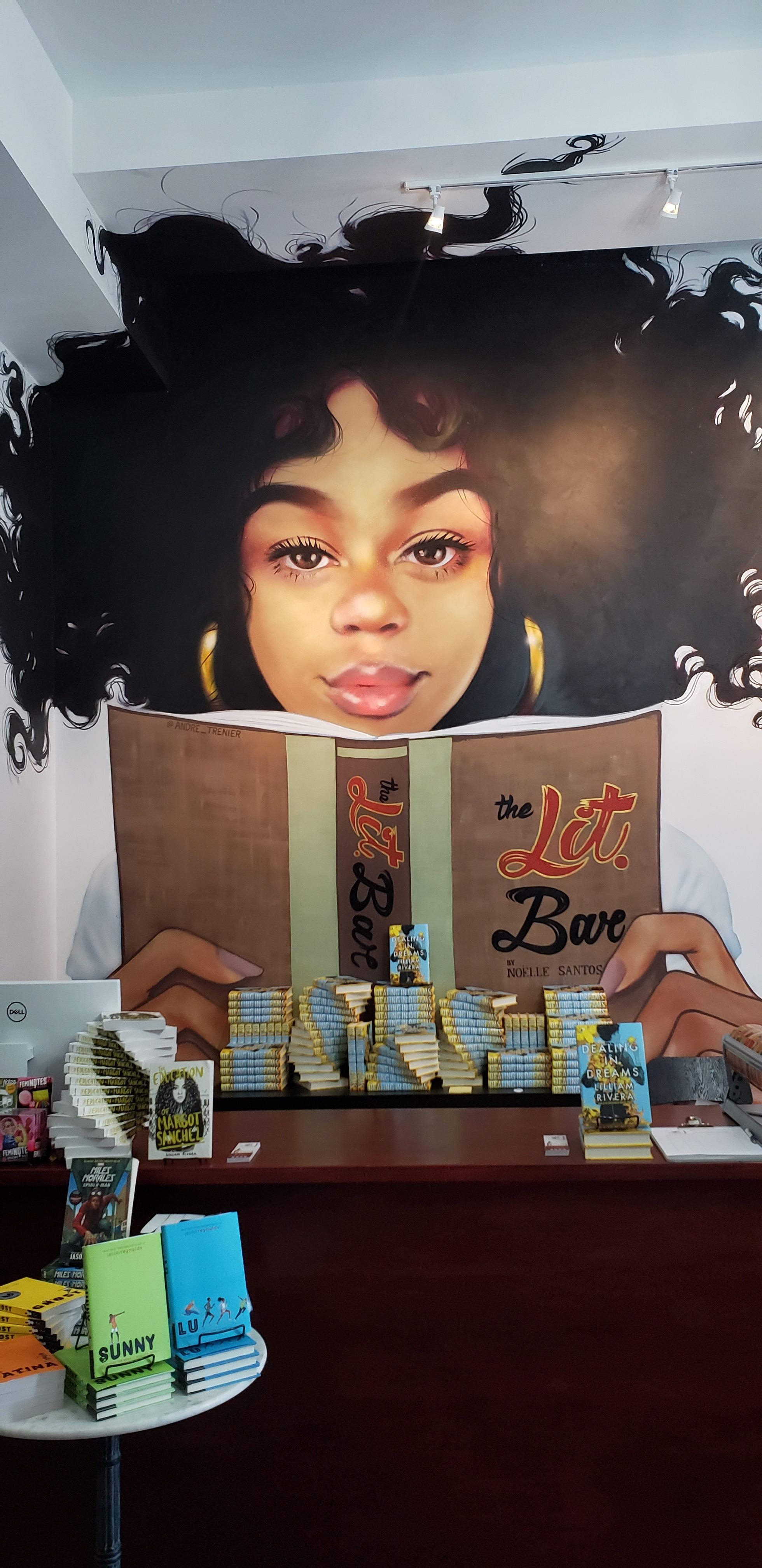 Noelle Santos Had Never Stepped Inside an Independent Bookstore. Now She Owns The Bronx's Only One.