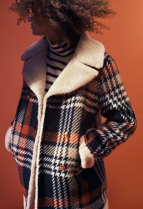 Clothing, Woolen, Plaid, Tartan, Pattern, Outerwear, Wool, Design, Textile, Fur,