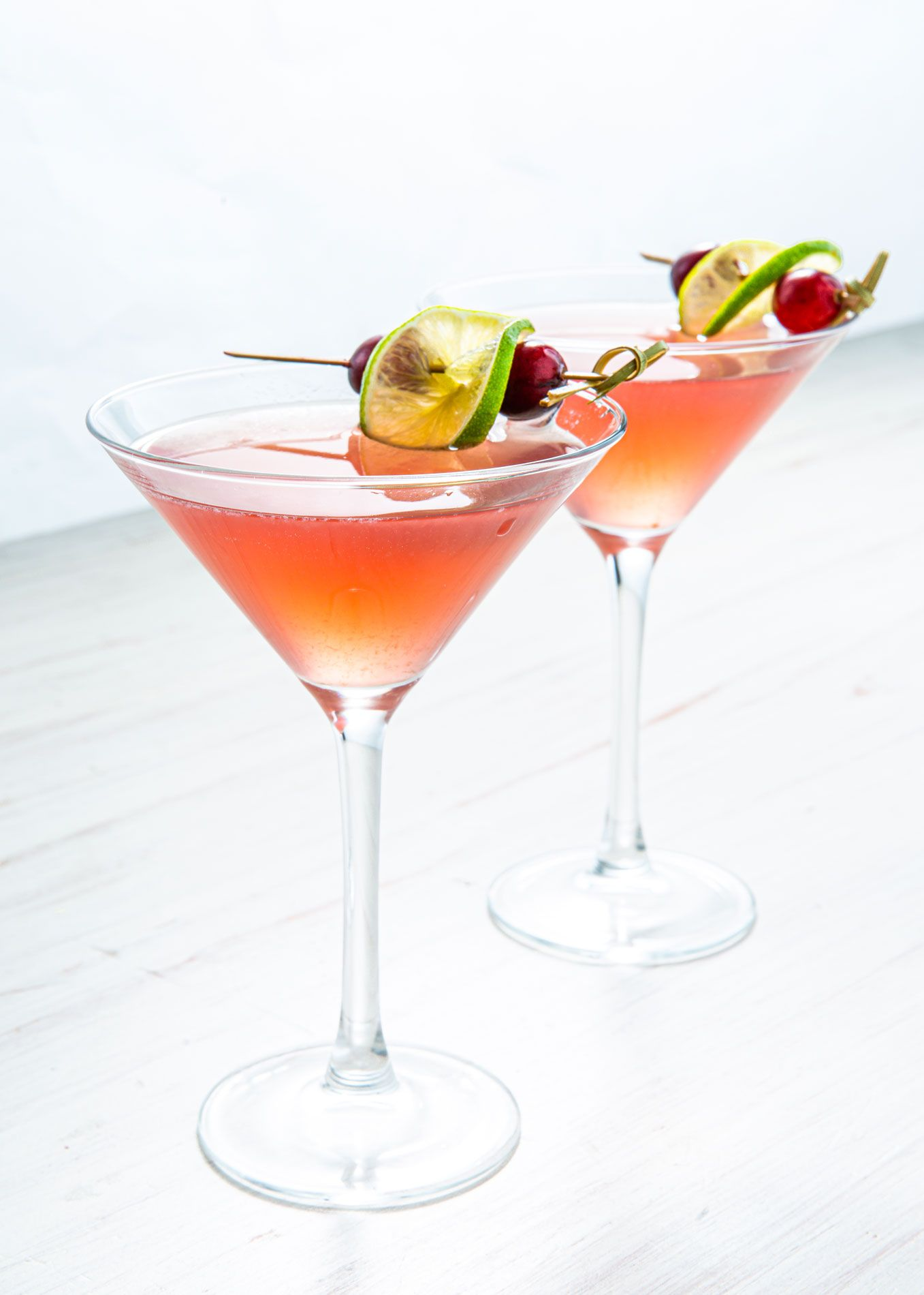 Best Cosmopolitan Recipe How To Make Cosmopolitans