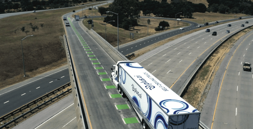 A Self-Driving Freight Truck Just Drove Across the Country to Deliver Butter