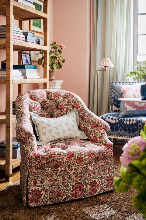 livingroom of lilse mckenna