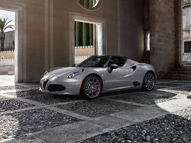 Alfa Romeo Giulia 0 60 >> 2020 Alfa Romeo 4c Review Pricing And Specs