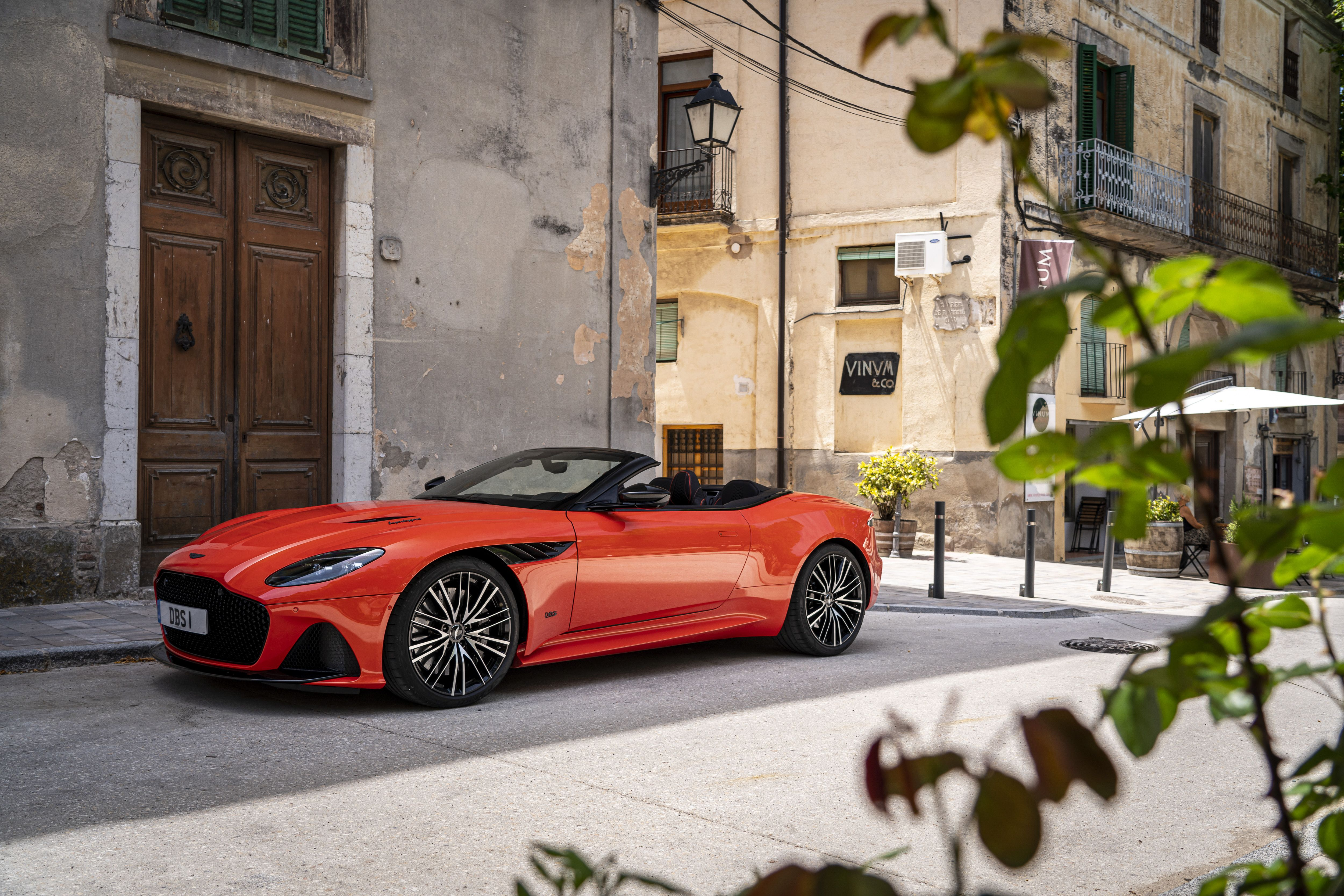 2020 Aston Martin Dbs Superleggera Review Pricing And Specs