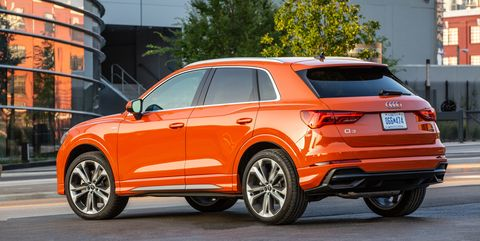 View Photos of the 2019 Audi Q3