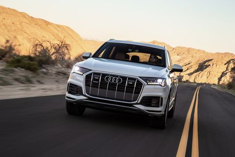 Land vehicle, Vehicle, Car, Audi, Automotive design, Motor vehicle, Sport utility vehicle, Natural environment, Audi q5, Family car,