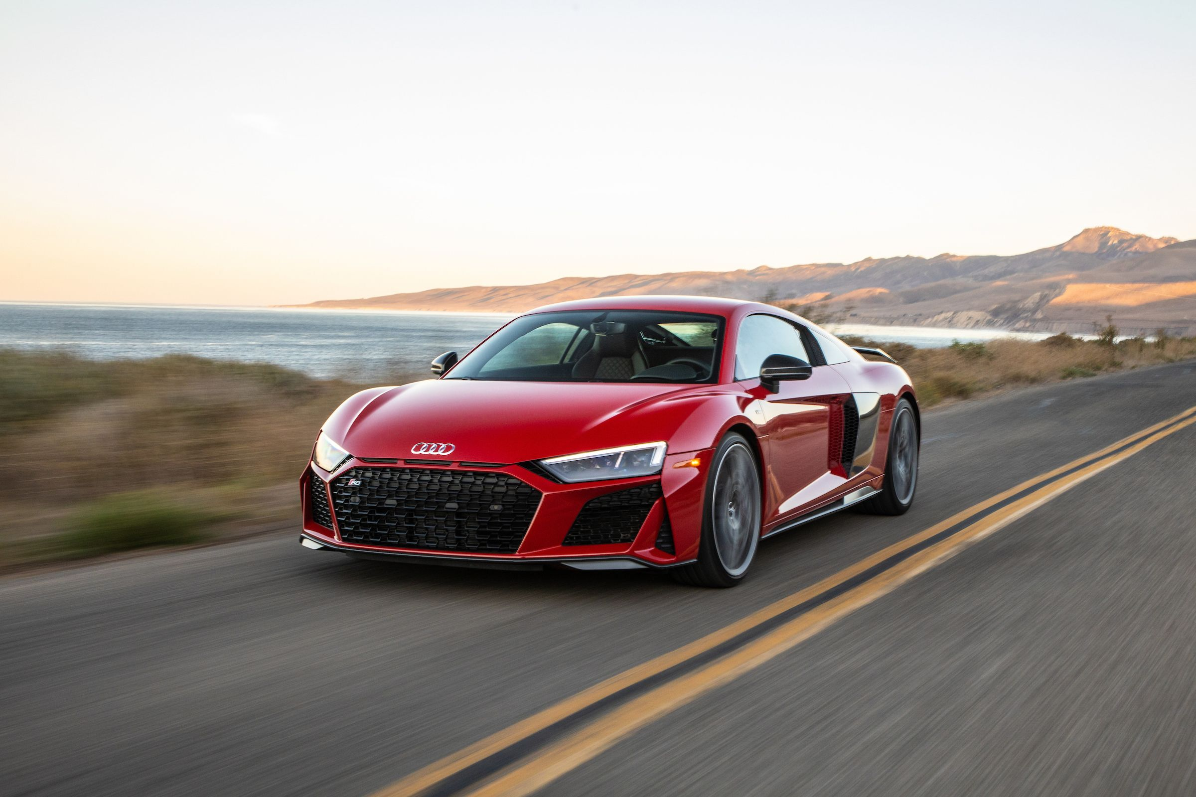 Kelebihan Audi Sr8 Top Model Tahun Ini