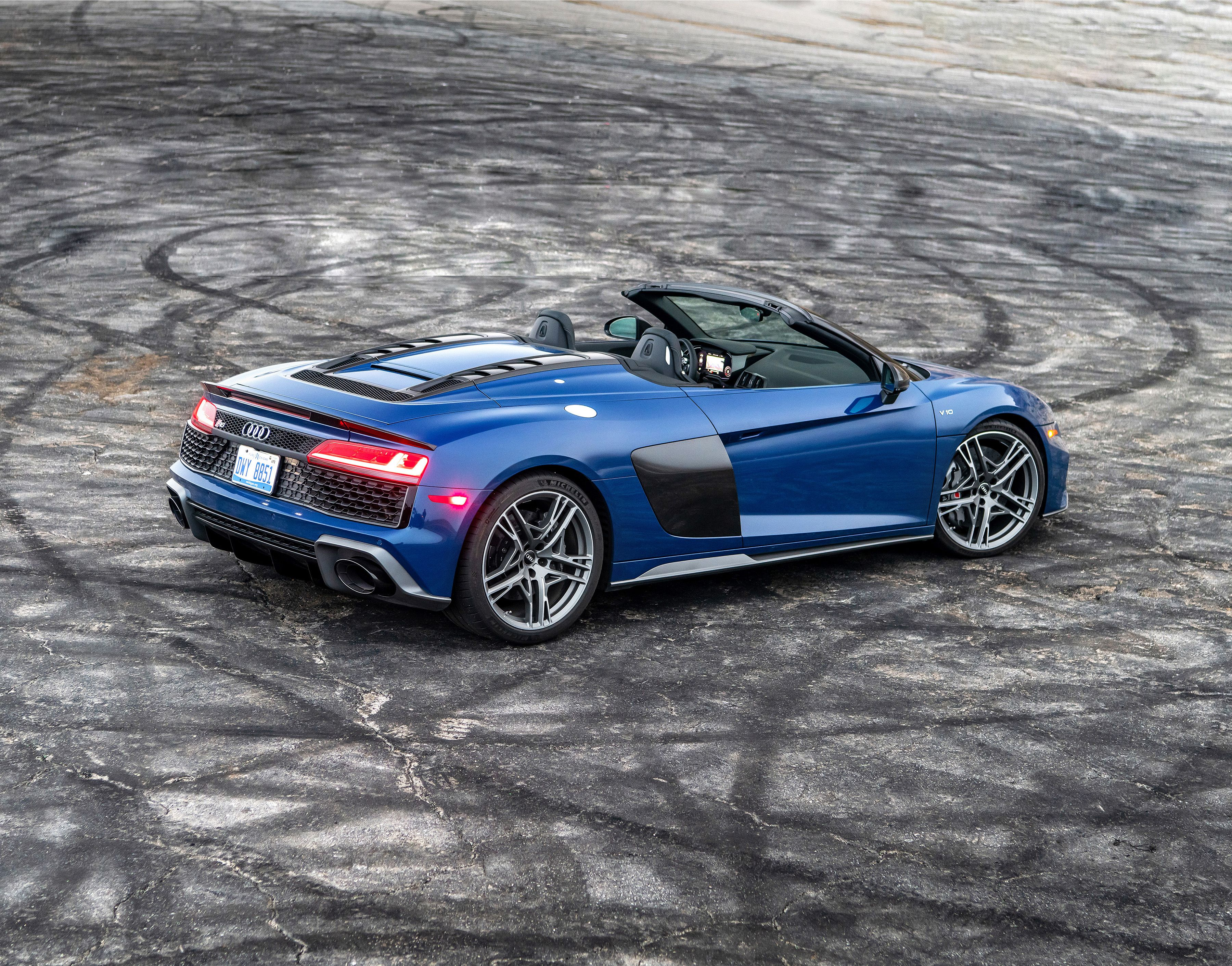 2020 Audi R8 Spyder Was Made To Chase Sunsets