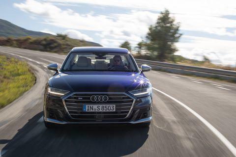 Land vehicle, Vehicle, Car, Automotive design, Audi, Executive car, Audi a6, Sky, Personal luxury car, Luxury vehicle,