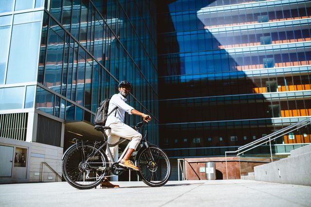 aventon level commuter bike e bike pedal assist