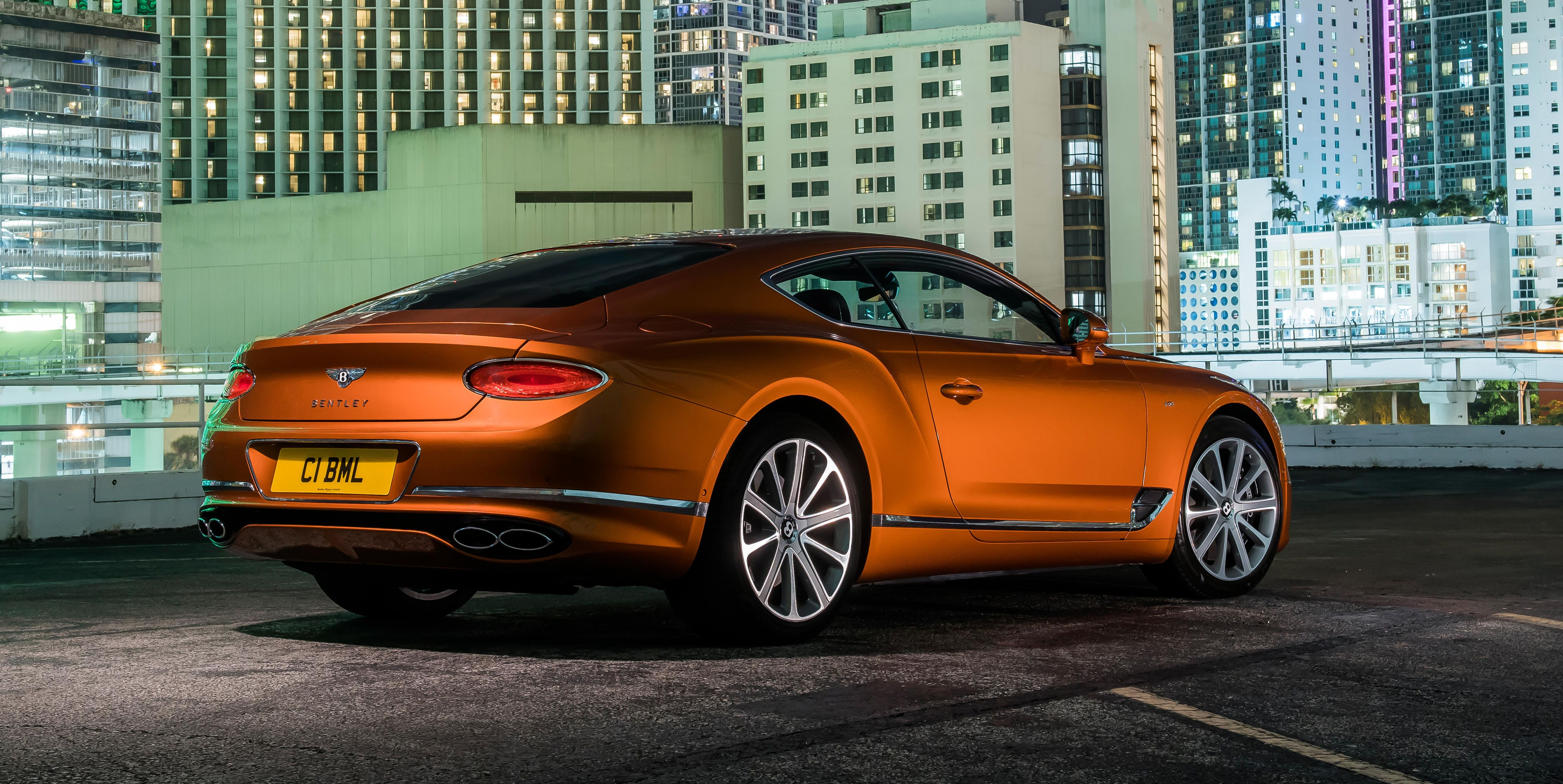 Photos of the 2020 Bentley Continental GT V8
