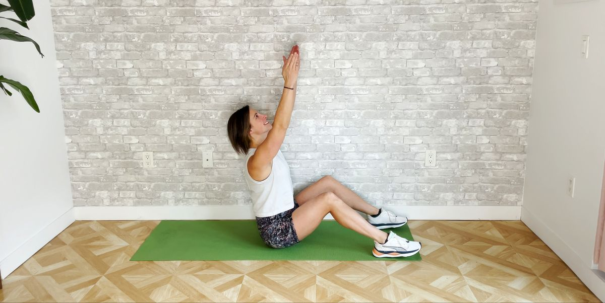 Short on Time? This Bodyweight Sit-Up Circuit Only Takes 10 Minutes