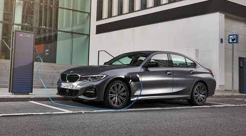 2021 Bmw 330e Plug In Hybrid Gains Power And Range
