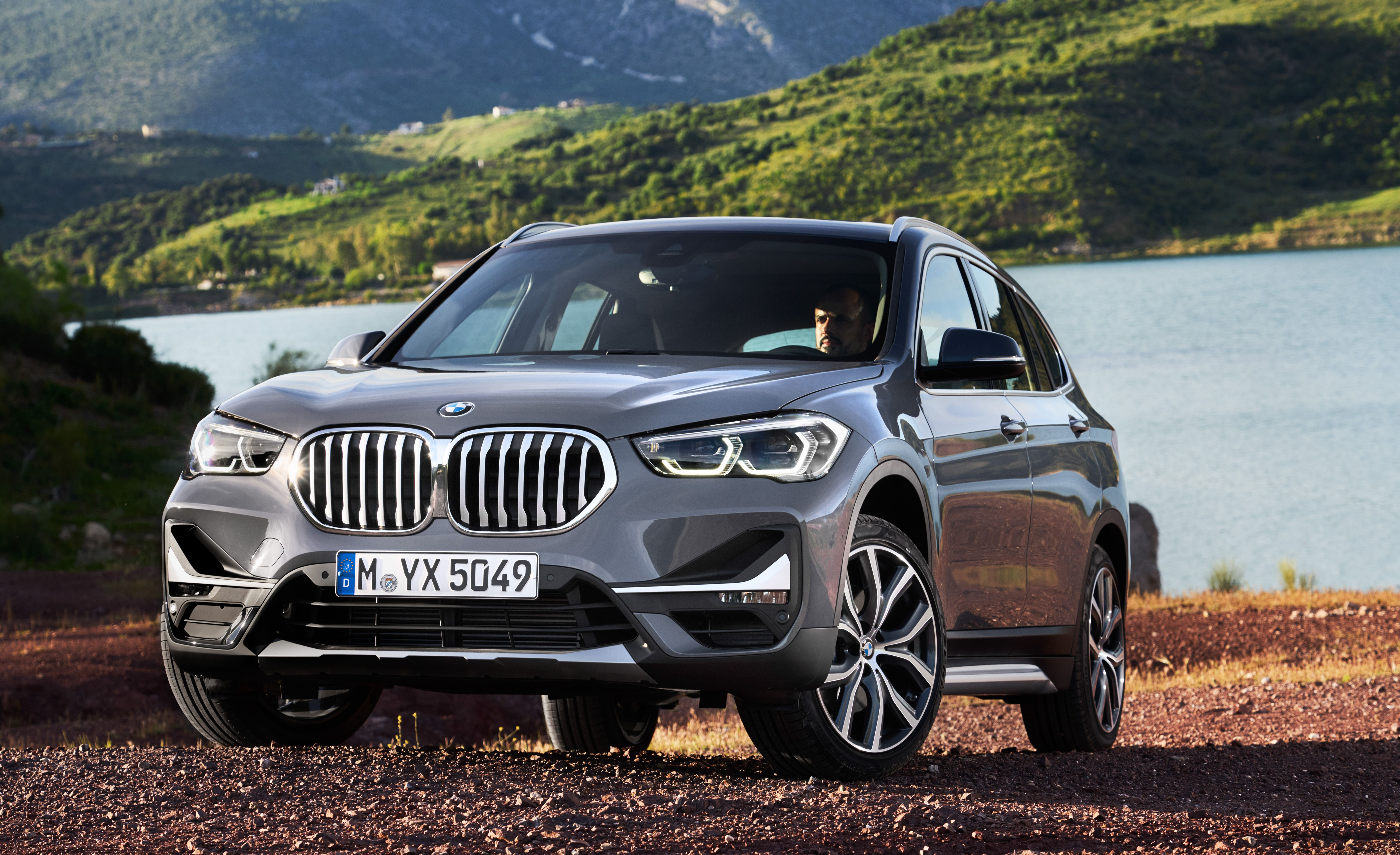 2020 Bmw X1 Crossover Bigger Grille And Standard Screen Price