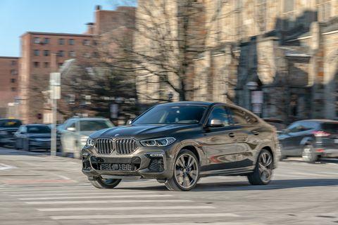 Land vehicle, Vehicle, Car, Automotive design, Personal luxury car, Luxury vehicle, Bmw, Mid-size car, Rim, Sport utility vehicle,