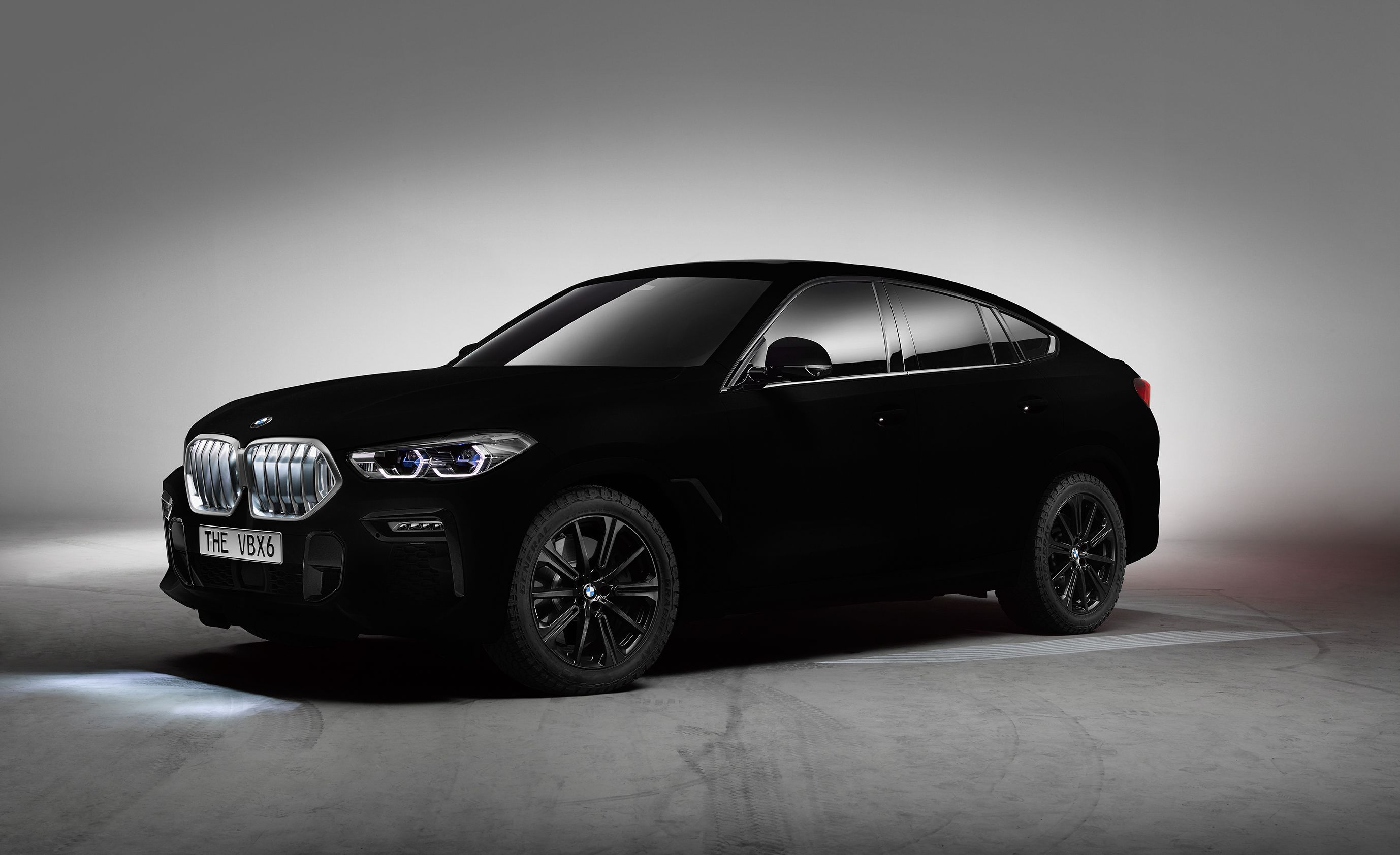 Bmw X6 Gets A Blackest Of Black Treatment With Paint That Eats Light