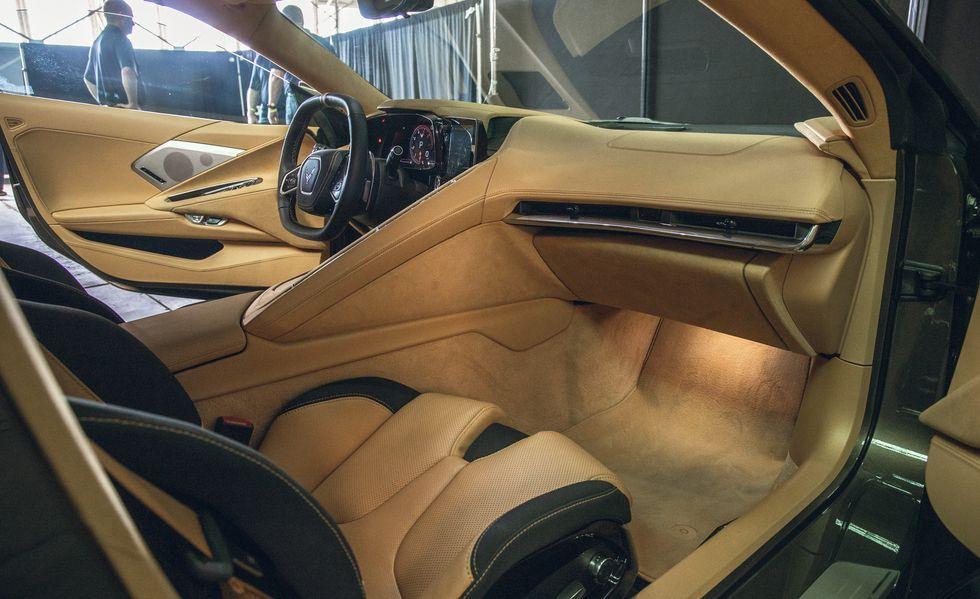 2020-chevrolet-corvette-c8-104-156351064