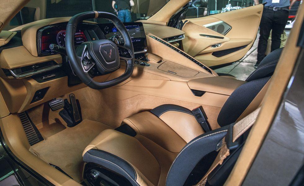 2020-chevrolet-corvette-c8-106-156351064
