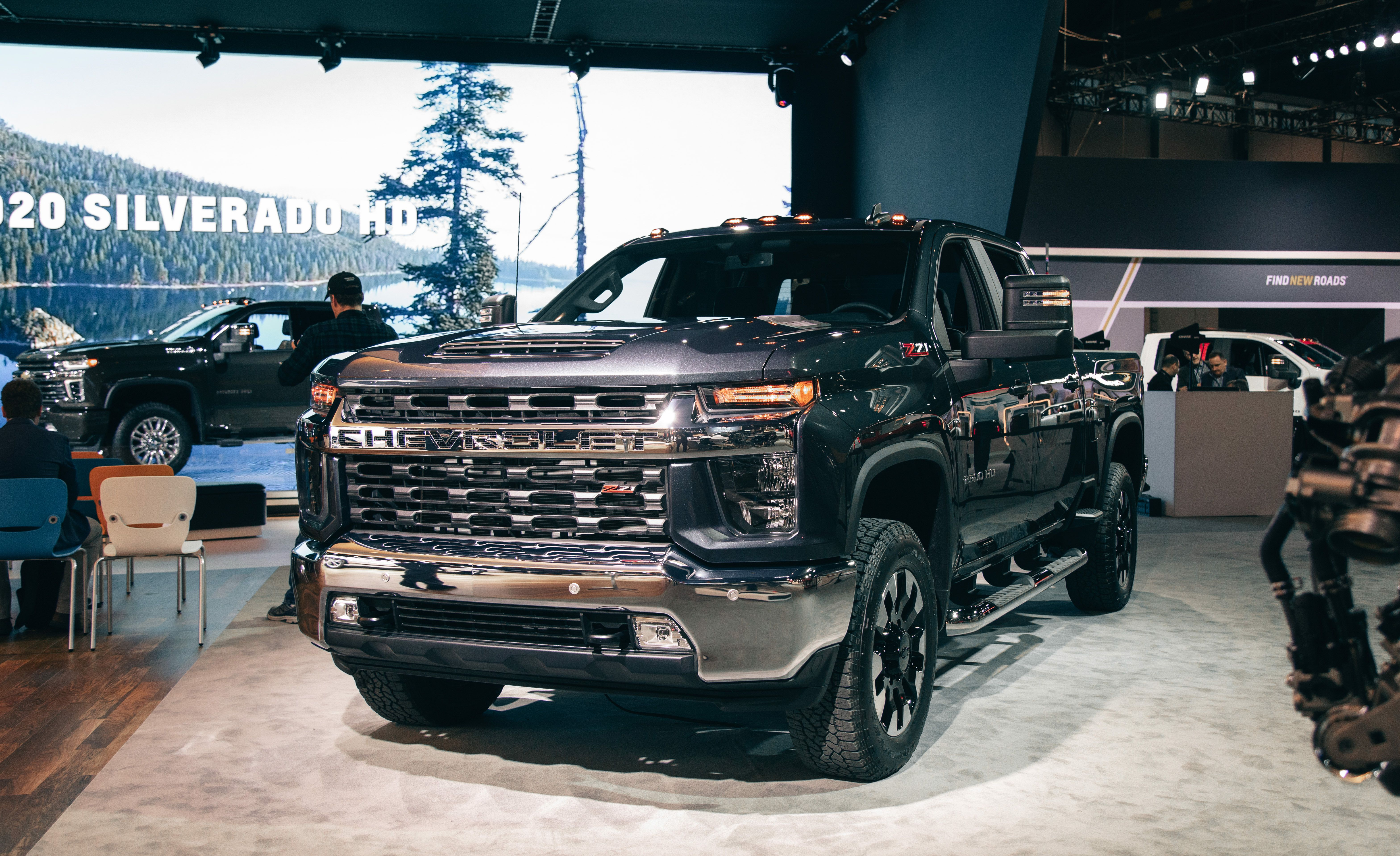 2020 Chevrolet Silverado Hd Heavy Duty Trucks Boast Big Tow Capacity