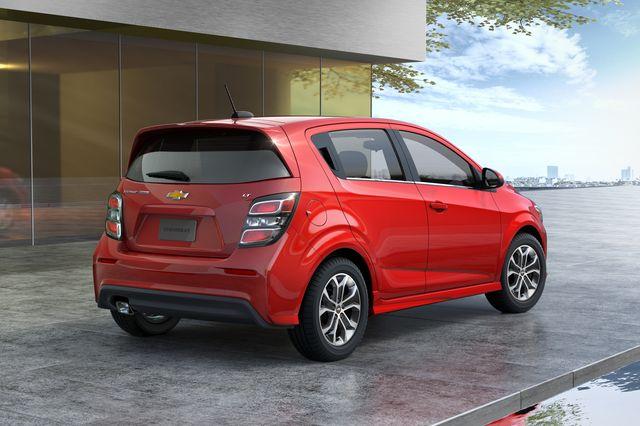 2020 chevrolet sonic hatchback rear