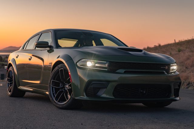 the dodge charger scat pack widebody is powered by the 392 cubic inch hemi® v 8 engine with the best in class naturally aspirated 485 horsepower mated to the torqueflite 8hp70 eight speed transmission