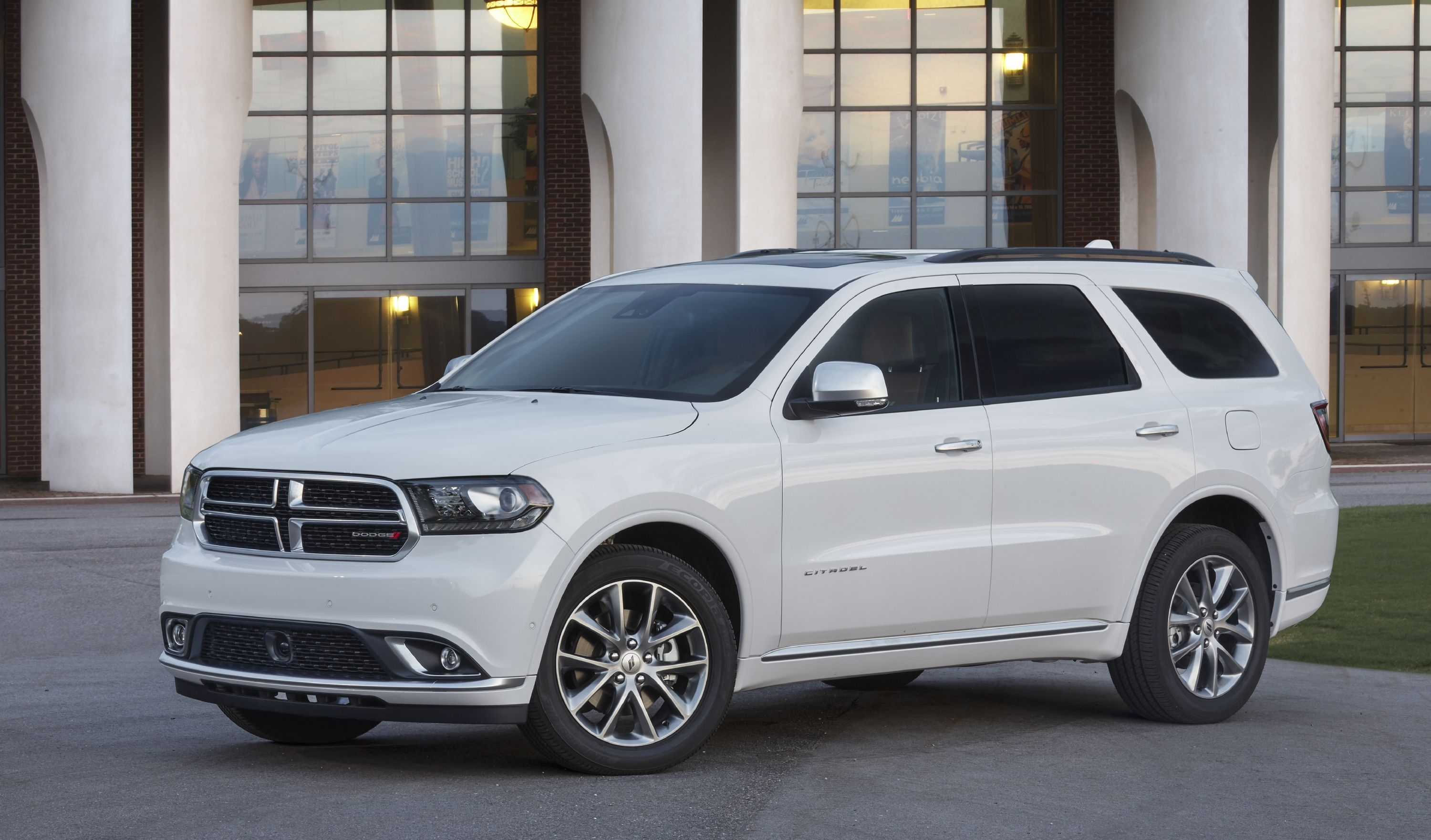 2020 Dodge Durango Review Pricing And Specs