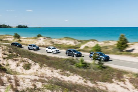 Shore, Beach, Coast, Vehicle, Sea, Car, Coastal and oceanic landforms, Sand, Bay, Vacation,